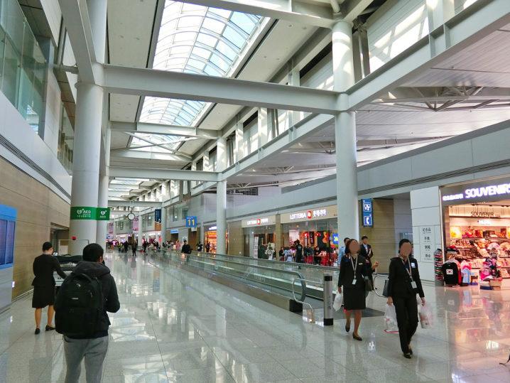 韓国の空港は広い