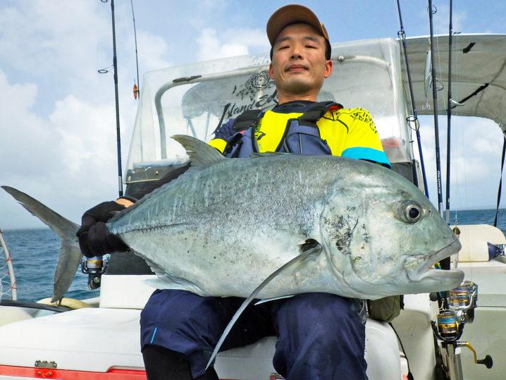 釣れたパラオのGTは15キロクラス