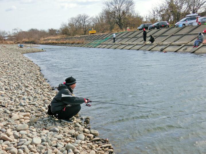 北方川釣り体験場の対岸側へ移動