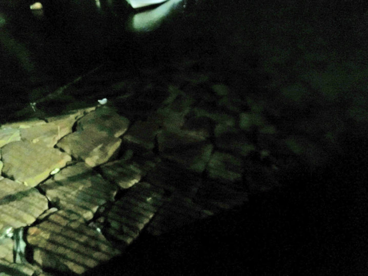 試作フェザージグで敷石や壁際のメバルをスローフォールで釣ると楽しい