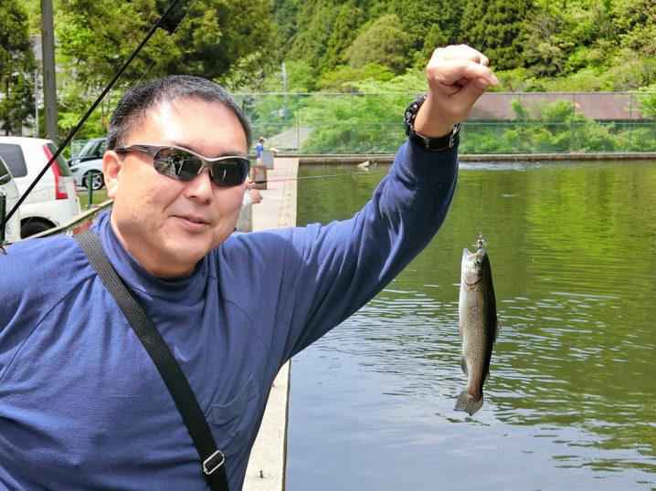 管理釣り場経験者の友人が入れ食い!1