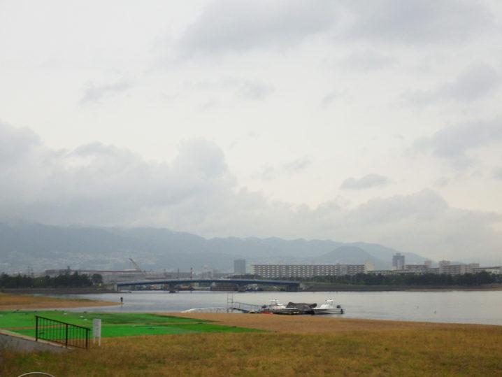 甲子園浜(人工島側)に到着してチニング開始