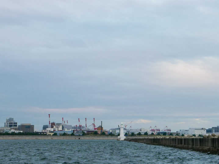 和田防の白灯台に到着