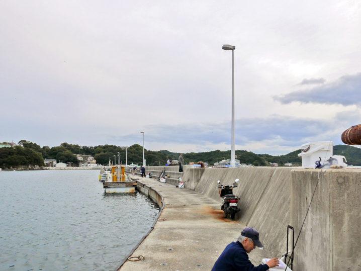 坊勢島の大波止に到着