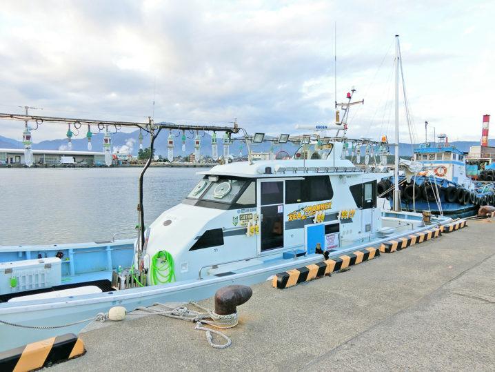 午前7時30分頃に福井県敦賀にある【シーモンキー】の船着き場に到着
