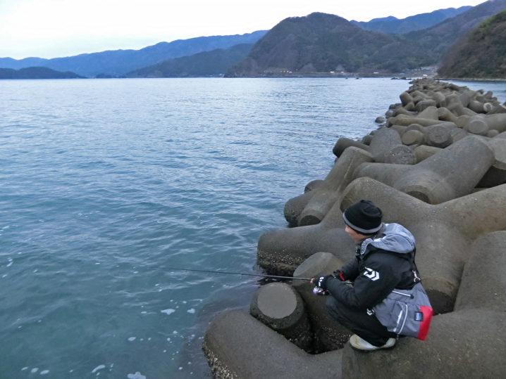 夕マヅメからの爆釣タイムを待ちます
