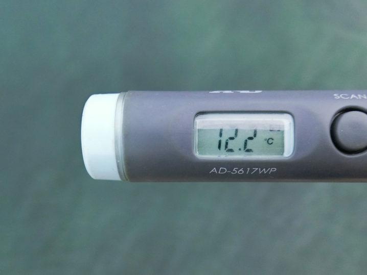メバリング開始前に敦賀湾各所の海水温を測定4