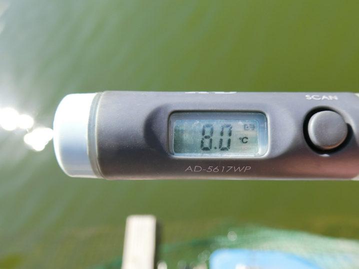 水温は約8.0度