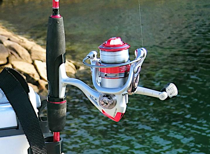 キスのルアー釣りのリールは2000番のスピニングリール