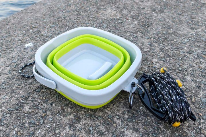 試作の折り畳みできる水汲みバケツが好評でした