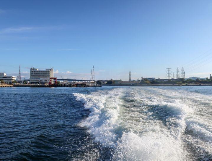 まずは姫路港から坊勢島へ