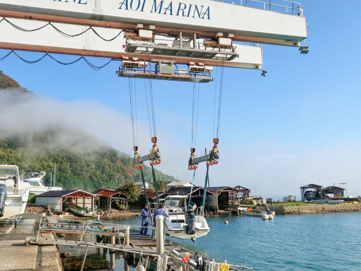 ボートに乗り込み【冠島】へ2