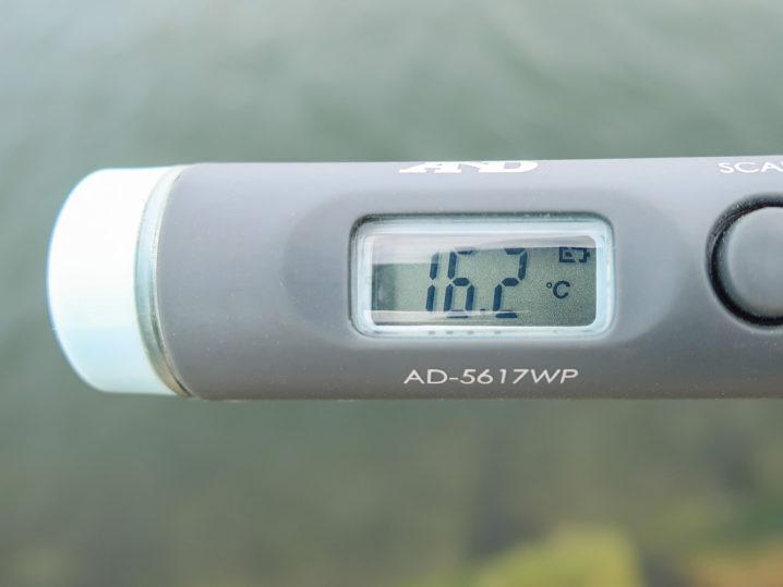 海水温は約16.2度