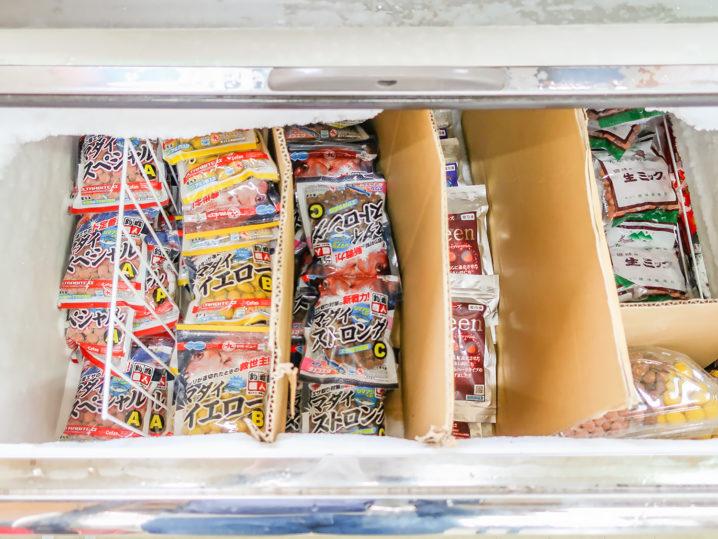 オーパ!!は冷凍系のエサ揃えは豊富