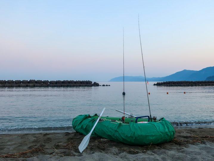 朝5時頃に福井の海岸に到着